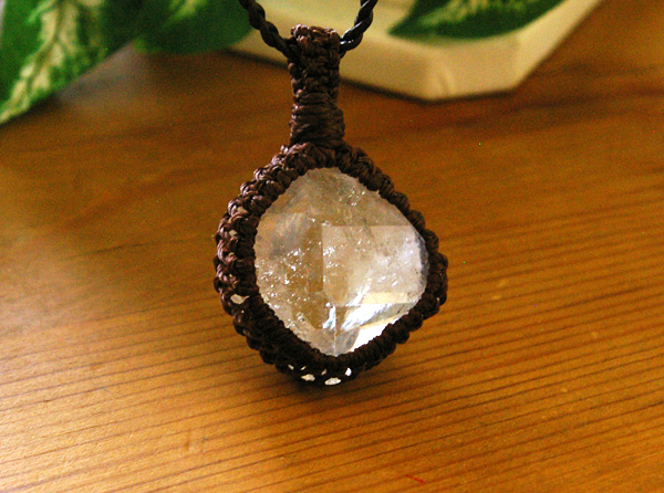ハーキマーダイヤモンド 水晶マクラメ編みペンダント