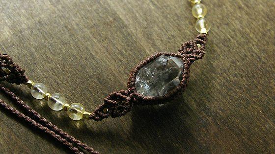 ハーキマーダイヤモンド マクラメ編みペンダント