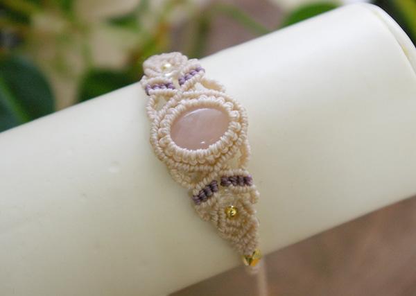 天然石ローズクォーツ マクラメ編みブレスレット